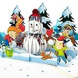 """PaperCrush® Pop-Up Karte Weihnachten """"Schneemann & Kinder"""" - Lustige 3D Weihnachtskarte für Mädchen und Jungen - Handgemachte Popup Weihnachtsgrußkarte, Winter Geburtstagskarte für Kinder"""