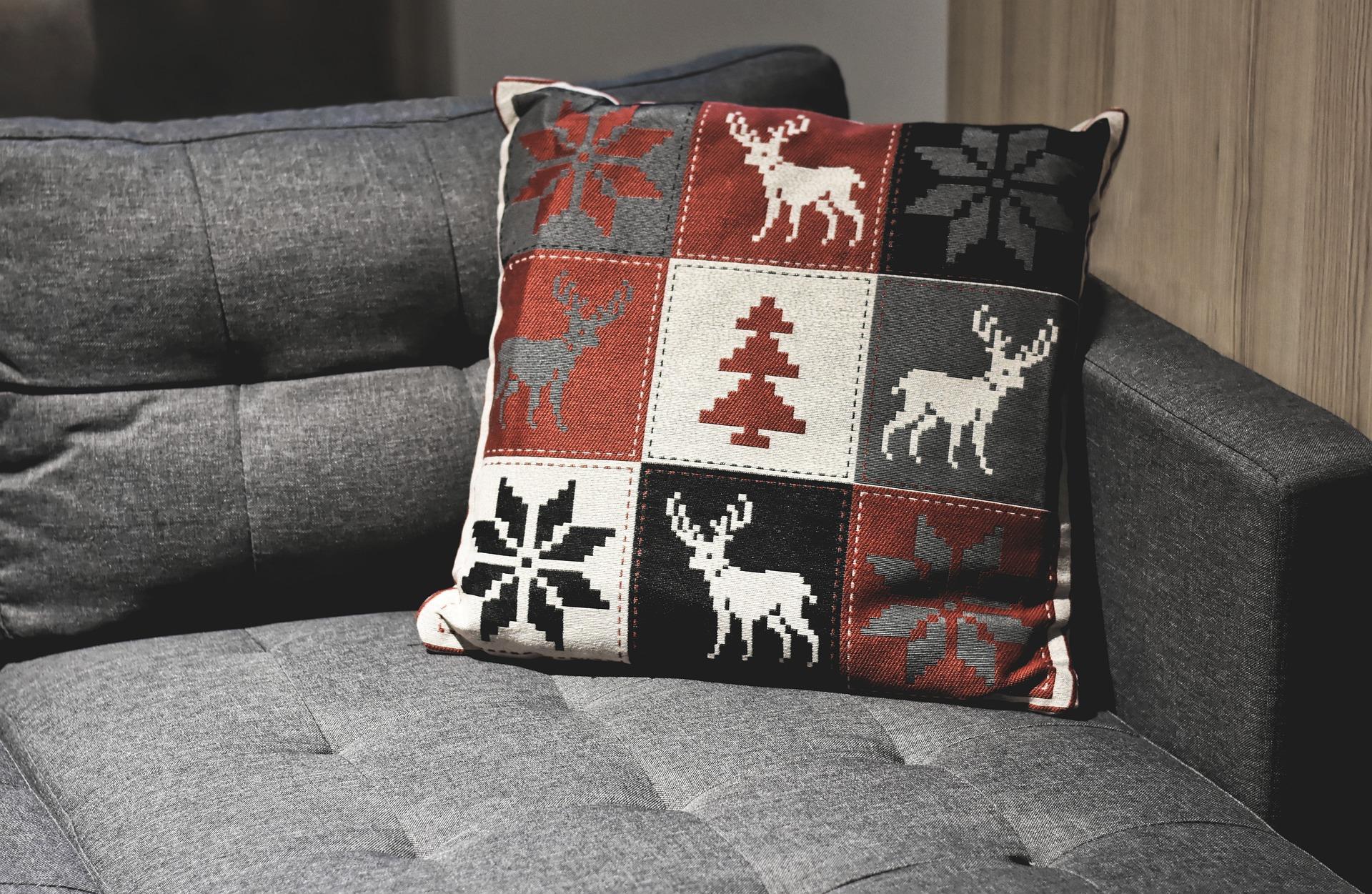 sofa-4633582_1920