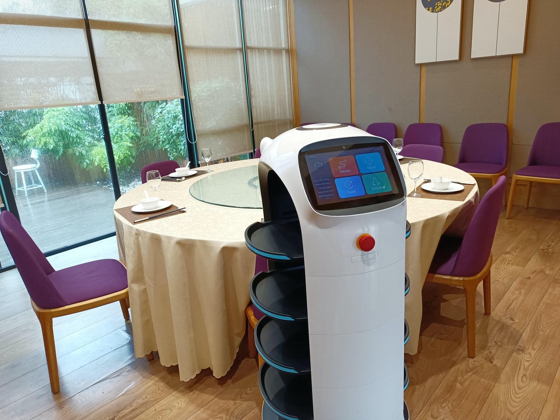 Roboter in Restaurants – die neue Generation Kellner